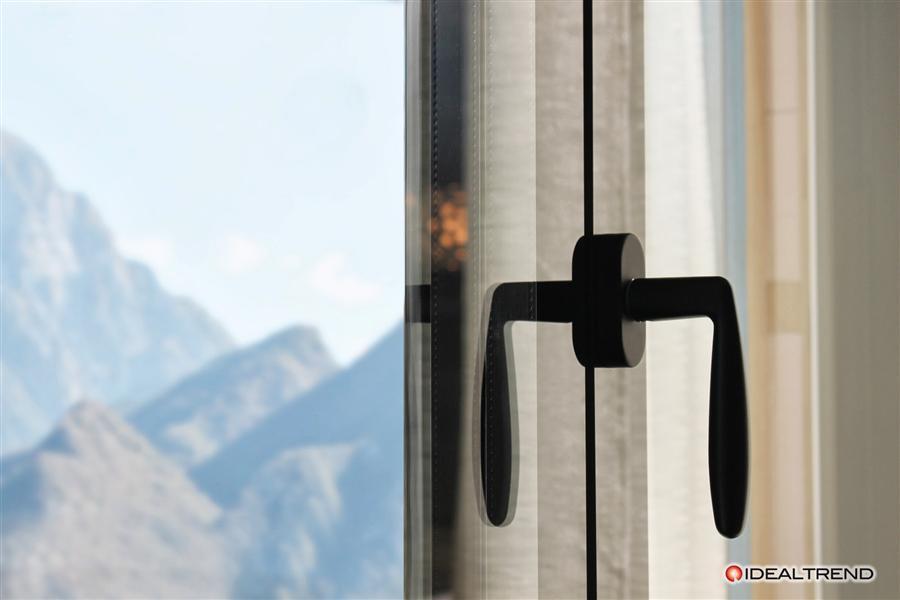 Venite a conoscere la finestra di nuova generazione tuttovetro idealtrend srl - La finestra biz srl ...